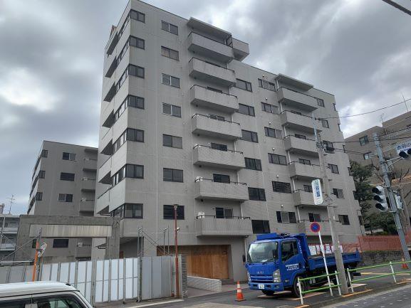 港区赤羽小学校新築に伴う既存建屋解体工事